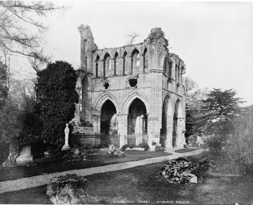 Dryburgh Abbey. Tomb of Sir Walter Scott
